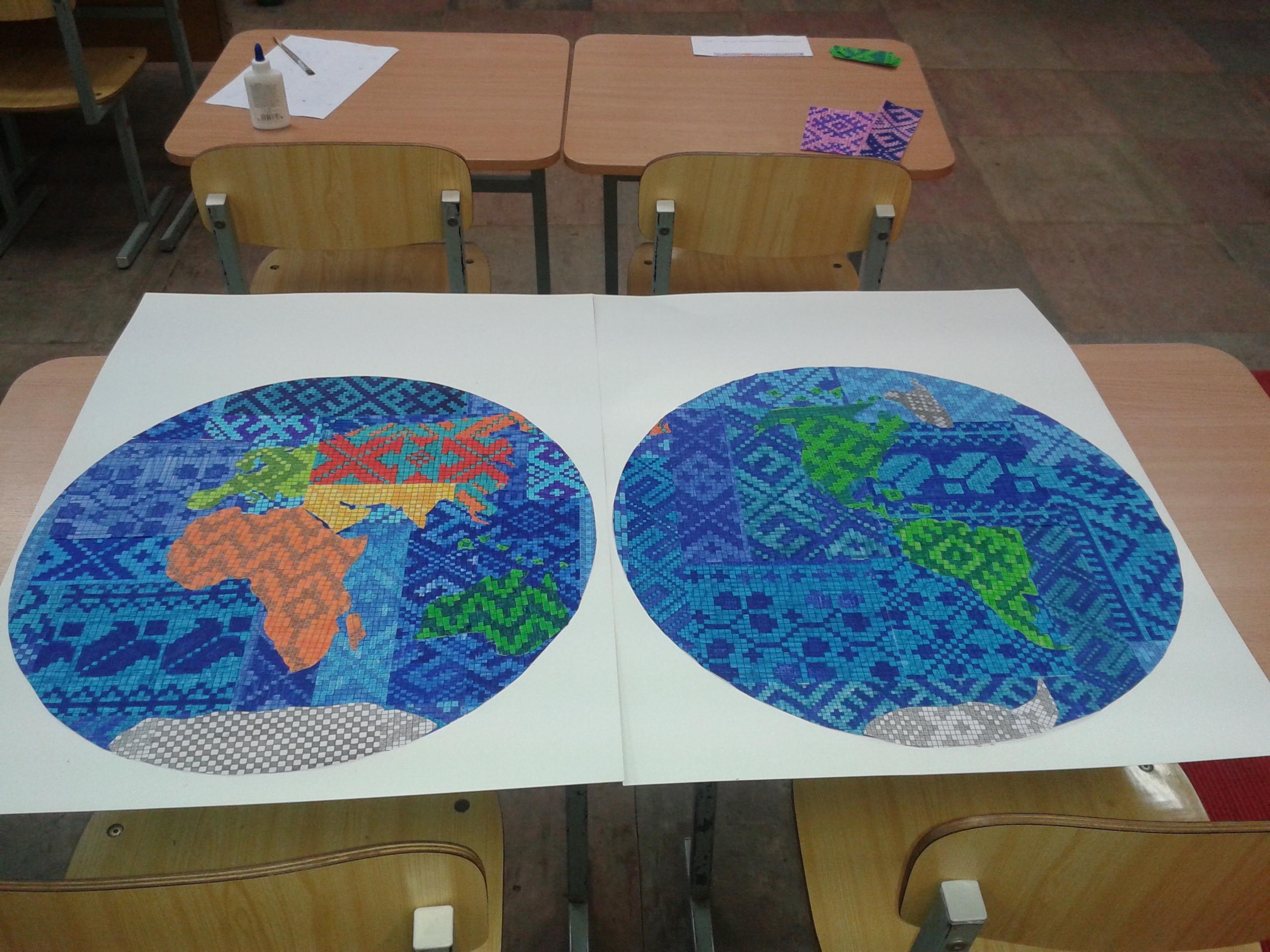 Etnografiniais motyvais marginta planeta. Darbelis skirtas Žemės dienai. Dalyvavo parodoje.